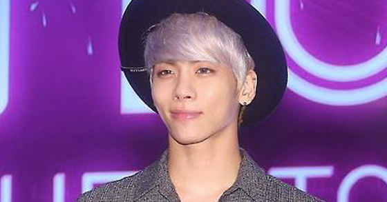 [BREAKING] SHINee's Jonghyun Found Dead at Home