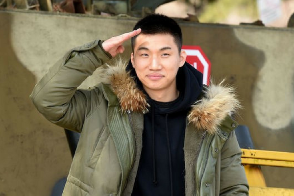 YG Entertainment Updates Fans on Daesung's Hospitalization