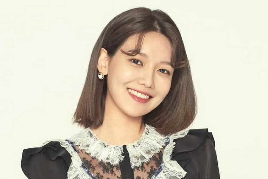 SNSD Sooyoung to Meet Fans in Bangkok