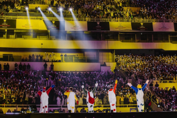 H.O.T. Attracts 80,000 Fans to Concerts Reminiscent of Their Heyday