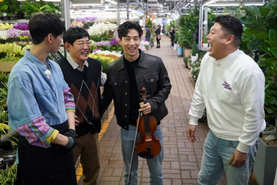 Henry Lau Says He's Never Been in a Relationship Since Debut
