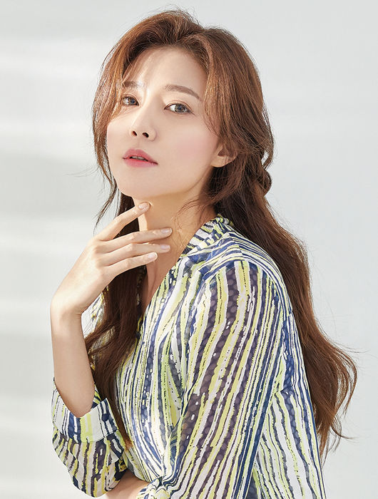 Jung Sia to Do Special Commentary for KBS 'The Return of