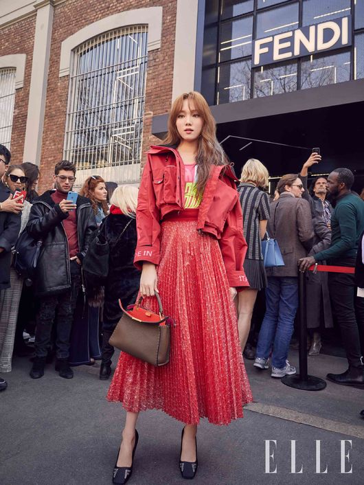 Lee Sung-Kyung Captivates in Red at Milan Fashion Week