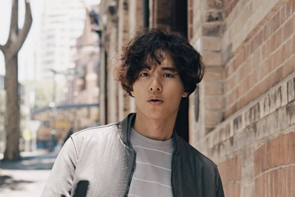 Actor Won Bin Models Casual Spring Fashion in New Pictorial