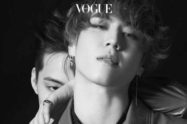 JUS2 Smolder in Black and White Vogue Pictorial